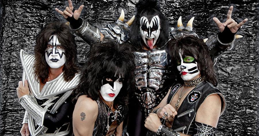 Kiss-Tour