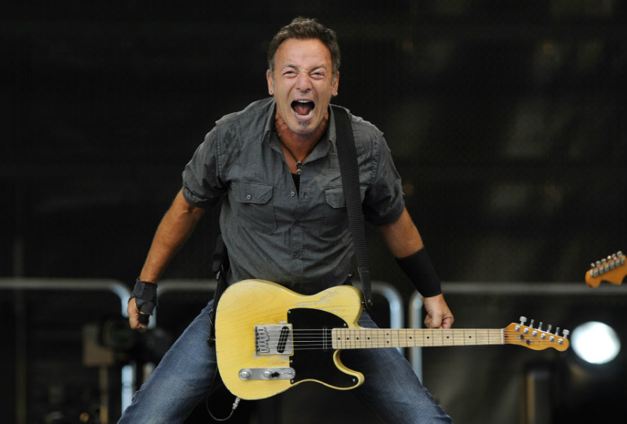Bruce Springsteen has canceled his concert due to be held on Sunday in Greensboro, North Carolina, as a sign of protest against the recently passed law on gay and transgender rights. Photo credit: Blog it all night