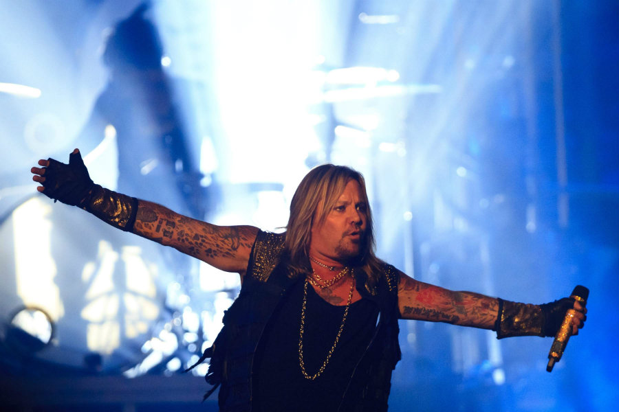 Vince Neil, lead singer of the heavy metal rock band Mötley Crüe, was accused on Thursday of physically attacking a woman. Photo credit: TBO