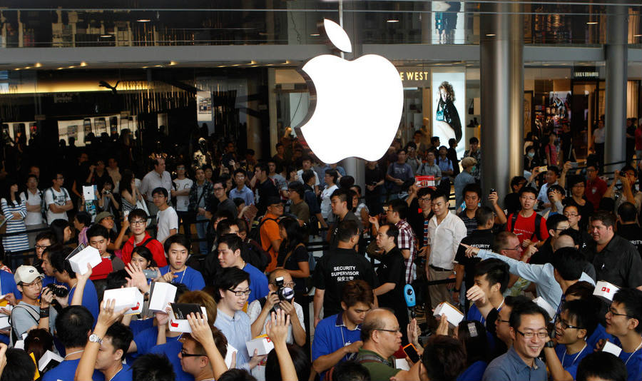 The tech company giant is facing some obstacles in its Chinese marketplace due to the recent regulations prohibiting some of the services offered by Apple. Credit: Mashable
