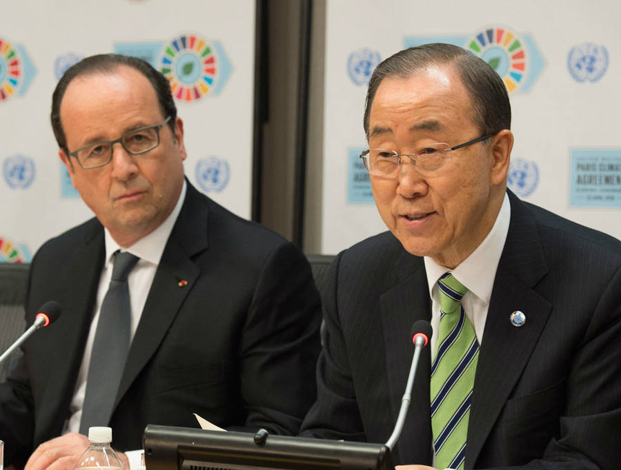 Ban Ki-moon (right) addresses the public at United Nations Headquarters on Friday, alongside French President François Hollande (left). Credit: Photo UN/Eskinder Debebe