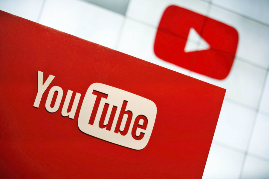YouTube launched today a new ad format called Bumper ads that shows quick parts of information specially designed for brands that can fit their contents in six-second videos. Photo credit: Reuters / Lucy Nicholson / Engadget