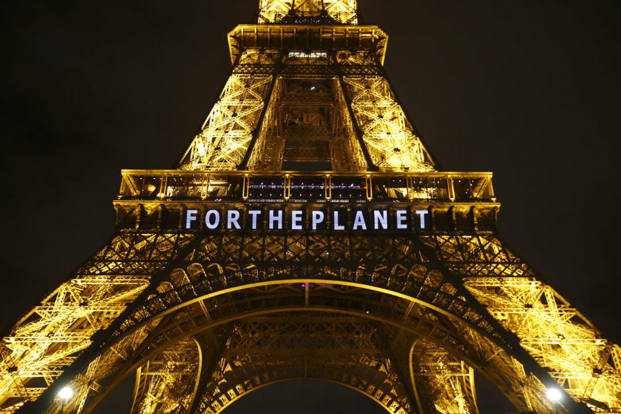 Chile and Kyrgyzstan did not attend the ceremony to sign the international Paris Agreement that took place  at the United Nations (UN) headquarters on April 22. Photo credit: Francois Mori / AP / Huffington Post