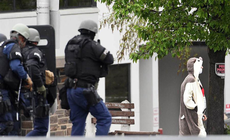 Baltimore-Fox-TV-Station-police