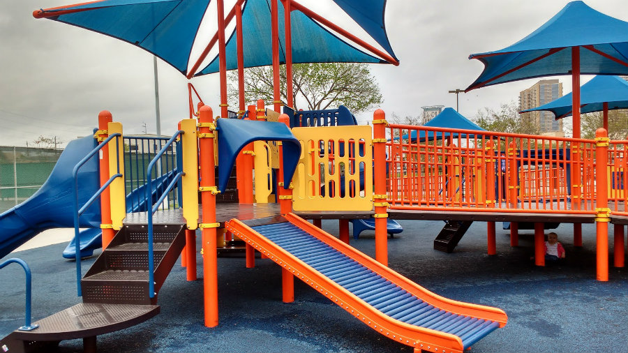 A study found that most of the TBI among children  were related to playground injuries. Photo credit: Houston New Moms