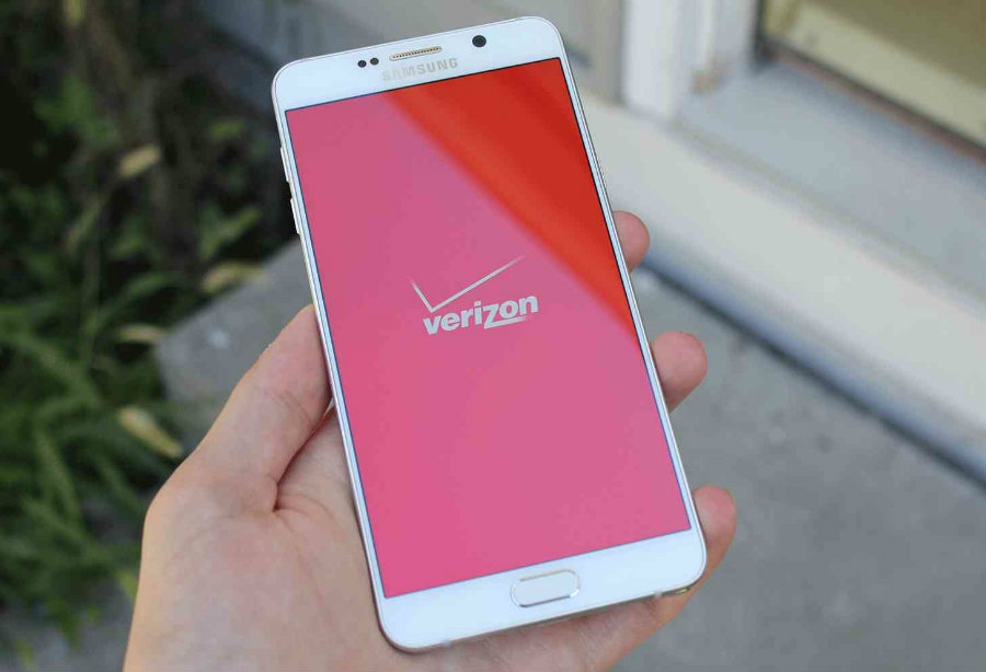 Verizon is offering 6GB of data for $60 and 3GB for $45 to customers who sign up for auto-pay. Photo credit: Phone Dog