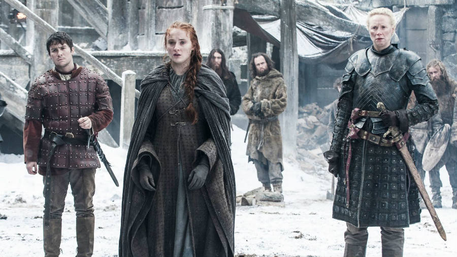 Brienne and Pod safely escort Sansa to the Wall, and the GoT gods were not so cruel (FOR ONCE) as to send Jon away before she arrived. Image Credit: Movie Web
