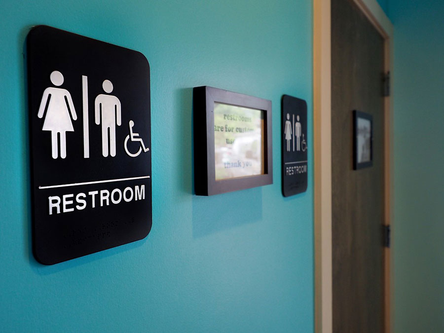 Oregon releases new guidelines for treating transgender student