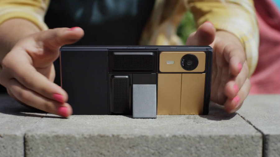 Dave Hakkens, the Phoneblocks designer, wrote in a blog post his reactions concerned with Google's Project Ara. Photo credit: Smartphone.news