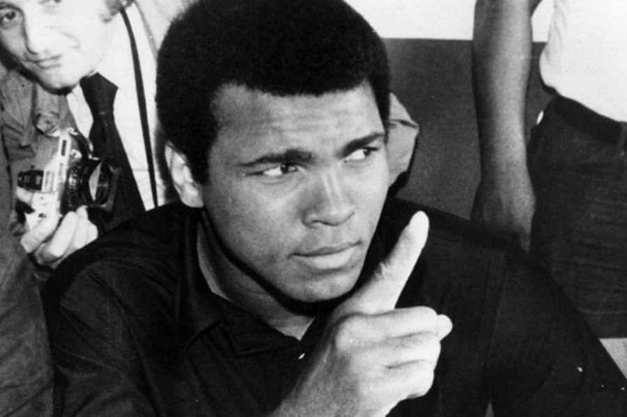 Ali's nine children and wife Lonnie had the privilege to say goodbye to the man considered as a champion beyond the ring, beyond himself.