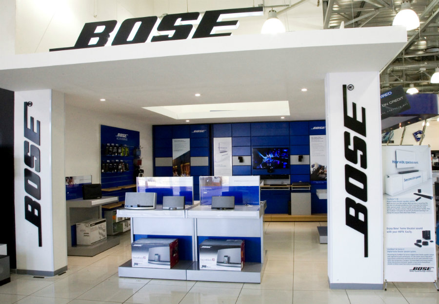 Bose Corporation presented Sunday a new generation of wireless headphones. Photo credit: Digital Street