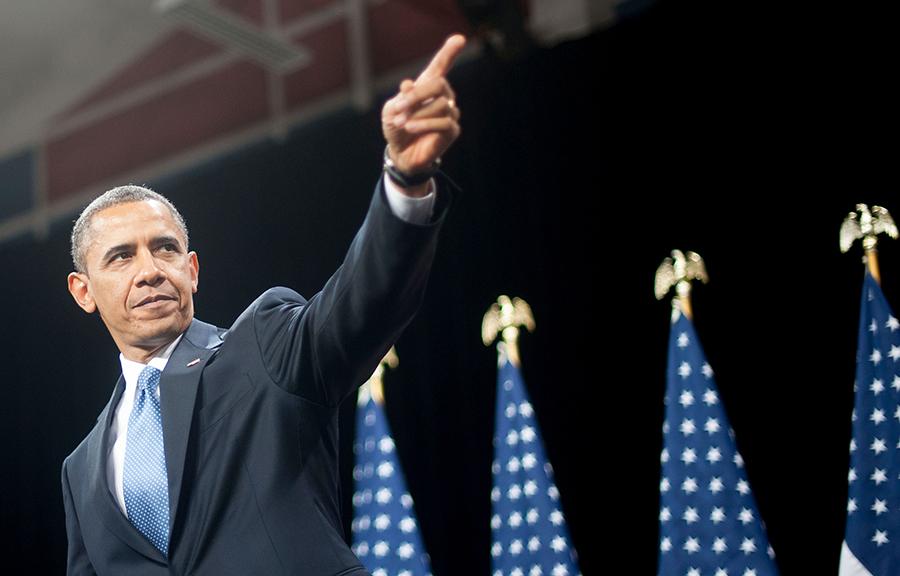 obama-backs-hillary