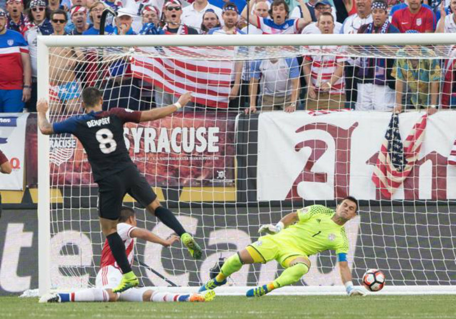 "The United States' eleven stormed the field today and defeated Paraguay by ""the minimum"", 1 – 0. The only goal was made by the man of the match, Clint Dempsey. Photo credit: ReutersUSA Today Sports / Hindustan Times"