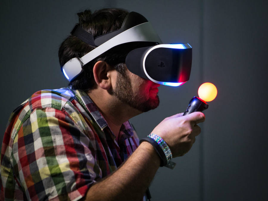 VR devices have surely stolen the show all through many events along this 2016, one of them being the E3. Image Credit: CNET