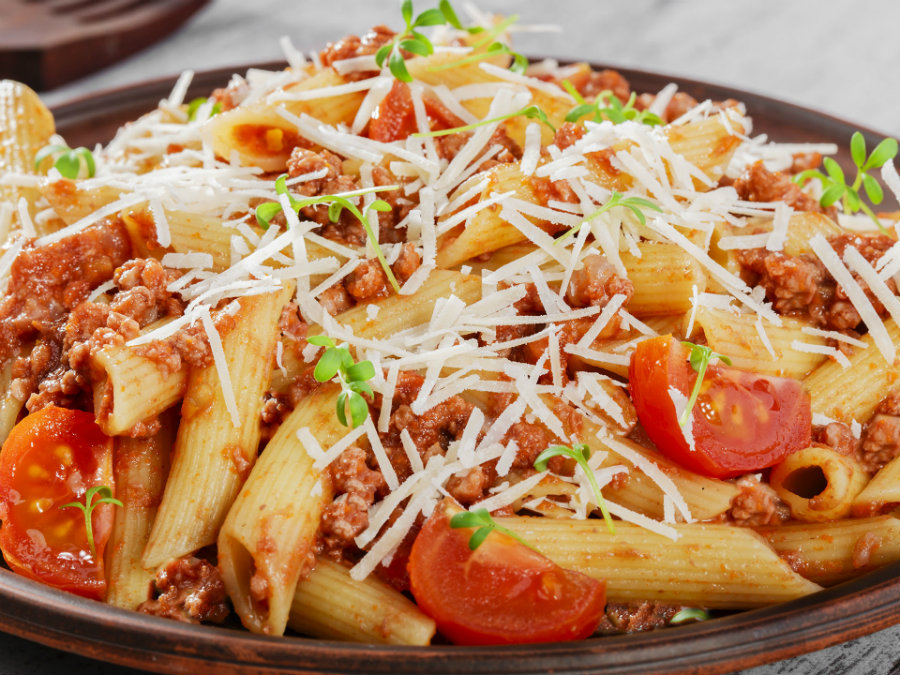 According to an Italian study, pasta does not make people win weight. It makes the opposite if it is consumed as part of a Mediterranean diet. Photo credit: Eat24