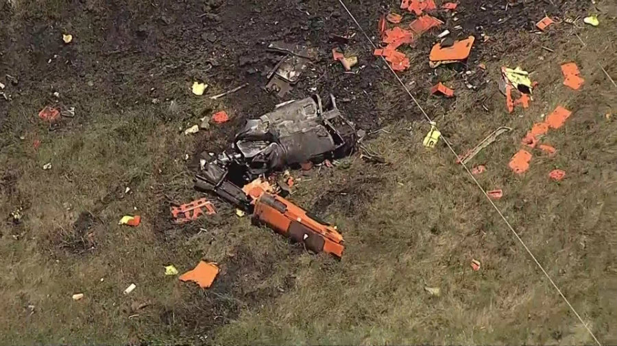 Two people resulted dead from a helicopter crash in Ellis County, Texas, on Wednesday. The victims were part of an experimental ride in the twin-engine Bell 525 helicopter, which ended up destroyed from the incident. Photo credit: In USA News